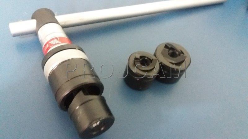 Perfurador de chapa manual